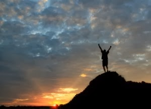 Success-mountain-top-iStock3889174-300x217